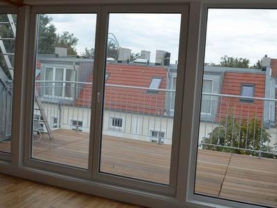 Fensterfläche zur Dachterasse