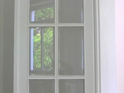 restaurierte Glastür