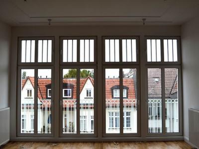 raumhohe Fensterelemente aus Kunststoff